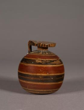 Laconian aryballos with banded decoration