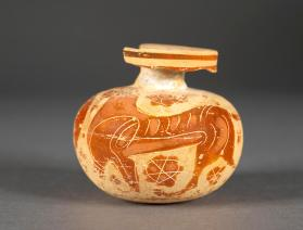 Corinthian black-figure aryballos with a panther and bird