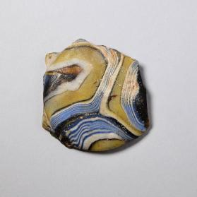 Base fragment from a bowl