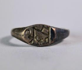 Ring with monogram