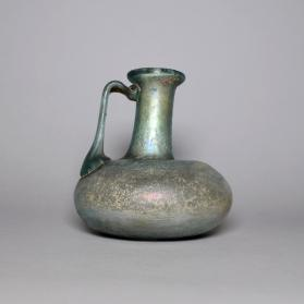 One-handled flagon