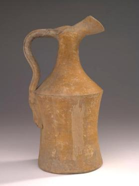 Yellow-slipped ware oinochoe