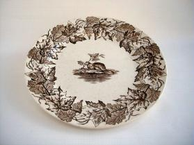 "Plate in ""Maple"" pattern"