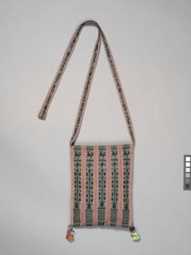 Woman's shoulder bag