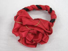 Woman's hairband