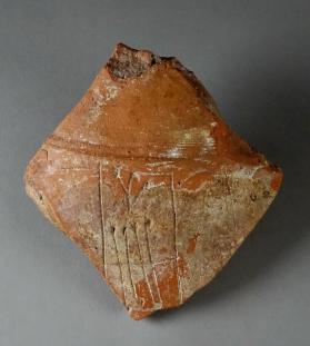 Jar fragment with incised H3-z3 mark